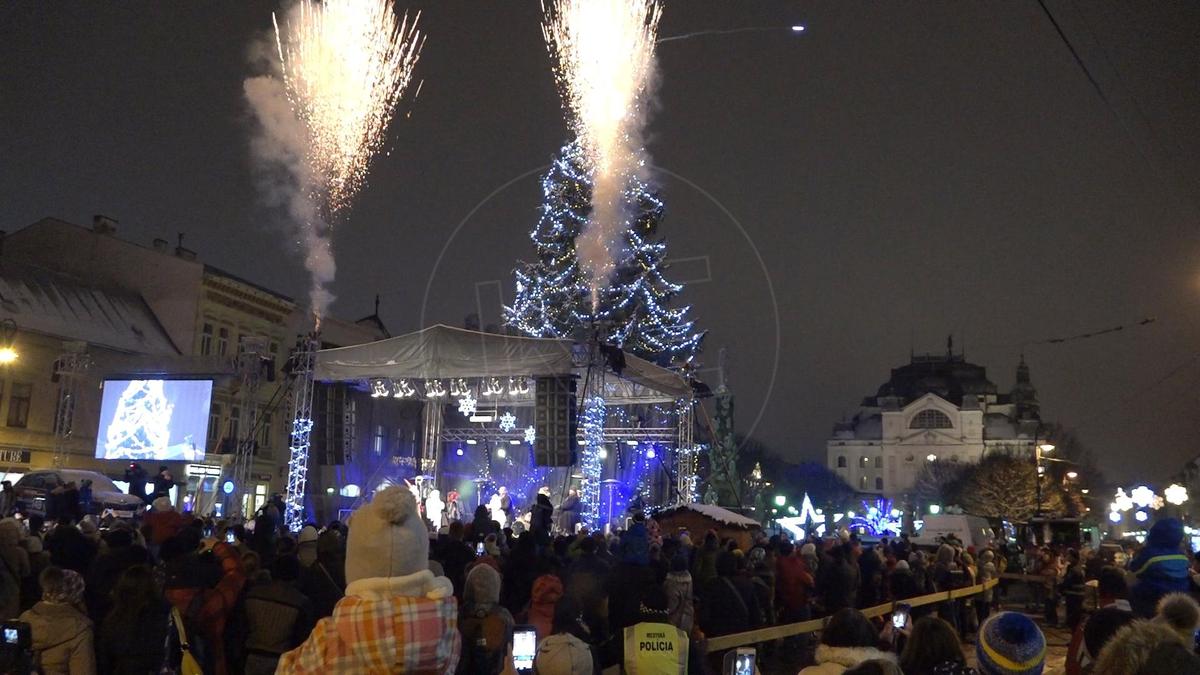 Vianočná atmosféra v centre v minulosti