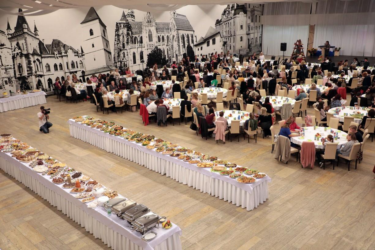 Prezentácia prác zamestnancov školských jedální bola určená rodičom i deťom