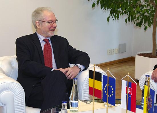 Jeho Excelencia Alain Cools, mimoriadny a splnomocnený veľvyslanec Belgického kráľovstva
