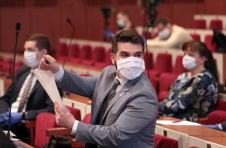 Koronavírus - Mimoriadne rokovanie MZ