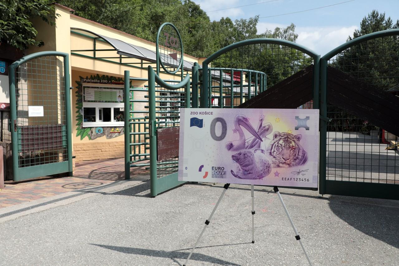 Takto vyzerá pamätná eurobankovka