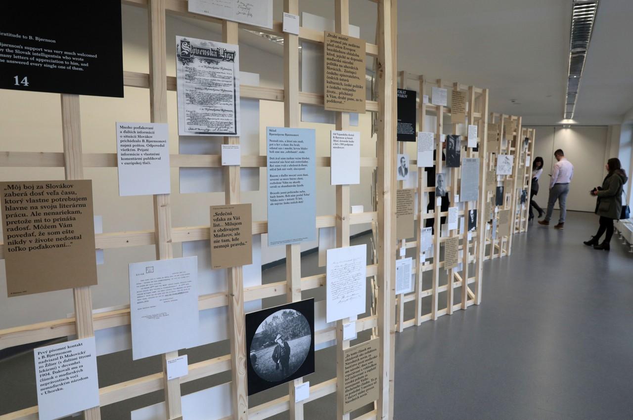 Výstava o živote a práci nórskeho spisovateľa