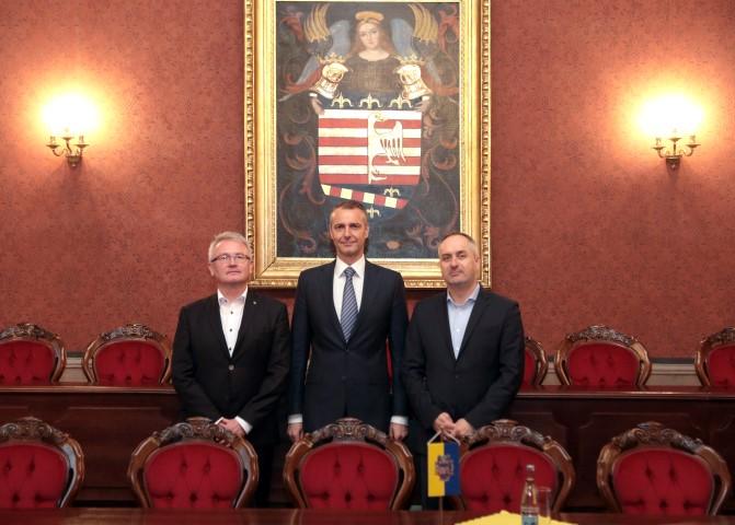 Zástupcovia VSD s primátorom Košíc