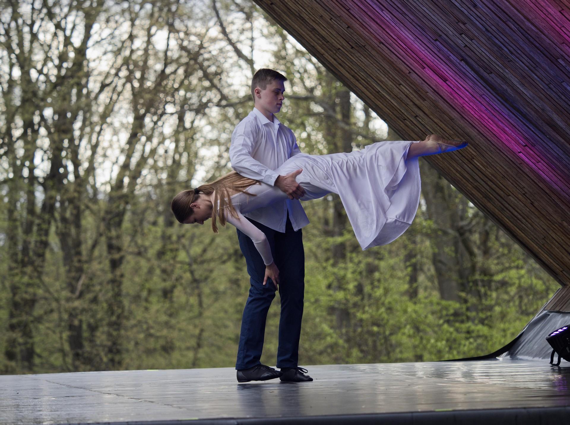 TanecVMeste30