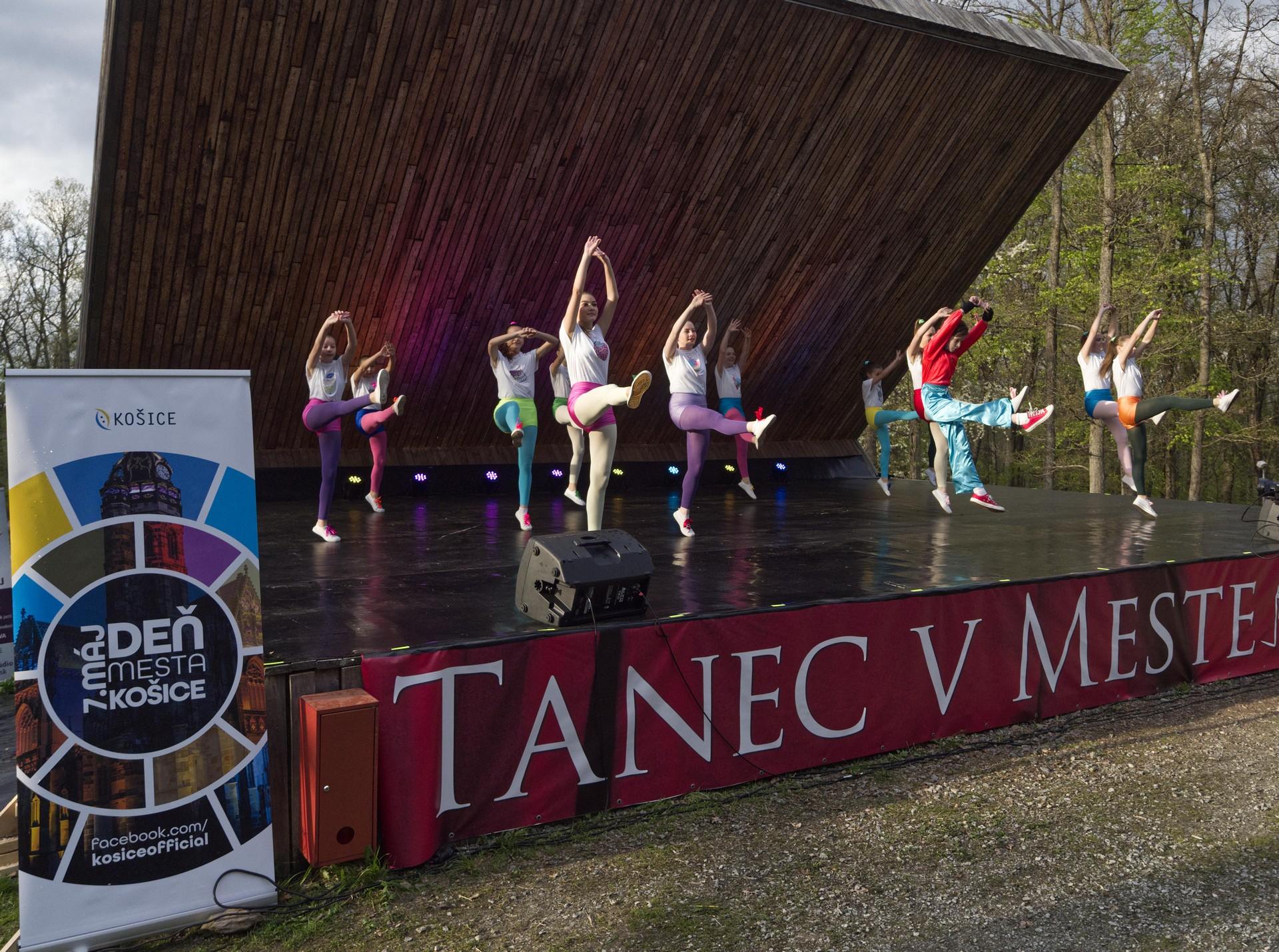 TanecVMeste51