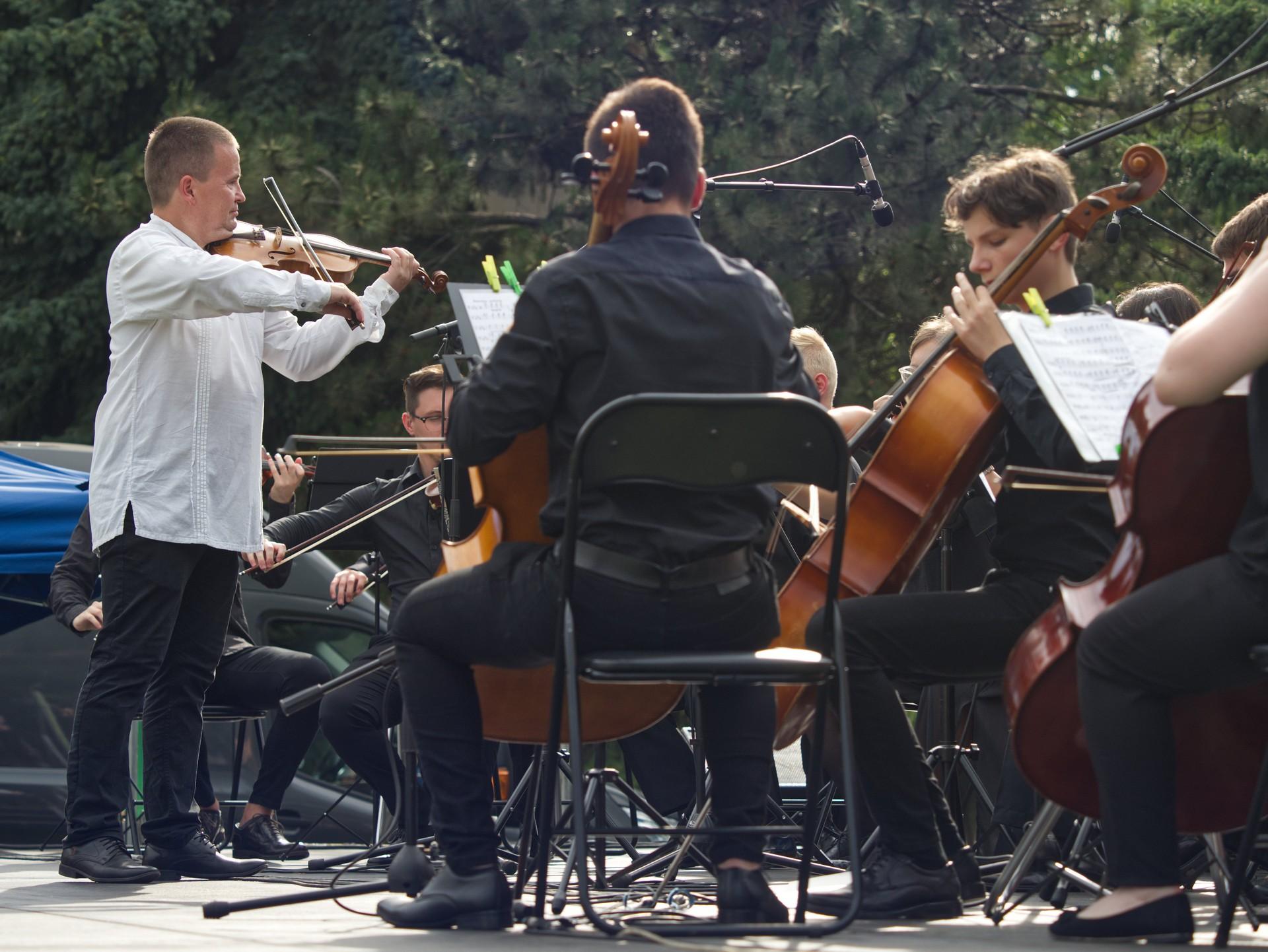 KoncertHuraJeTuLeto15