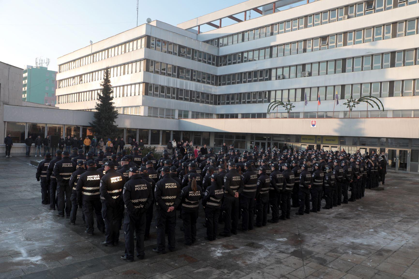 OcenovanieMestskychPolicajtov13