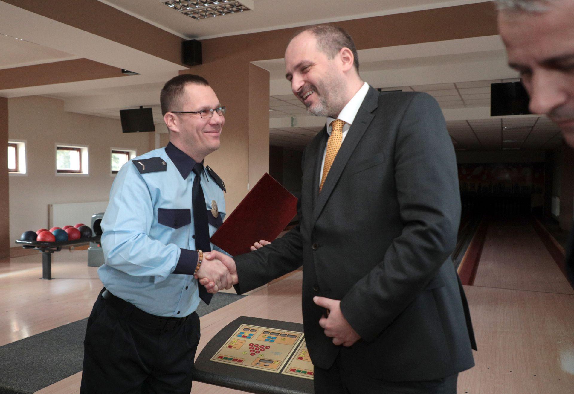 OcenovanieMestskychPolicajtov25