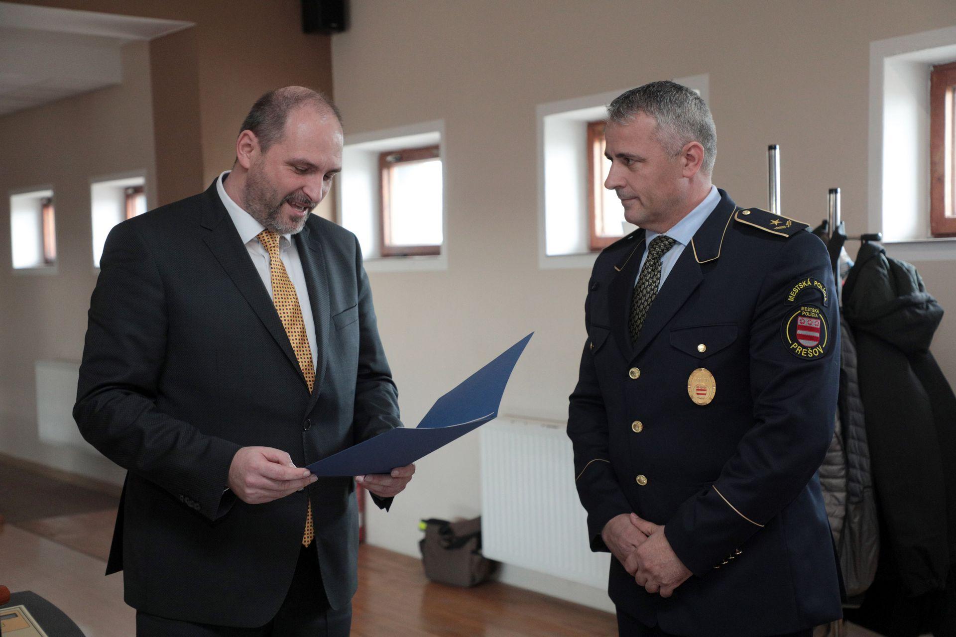 OcenovanieMestskychPolicajtov9