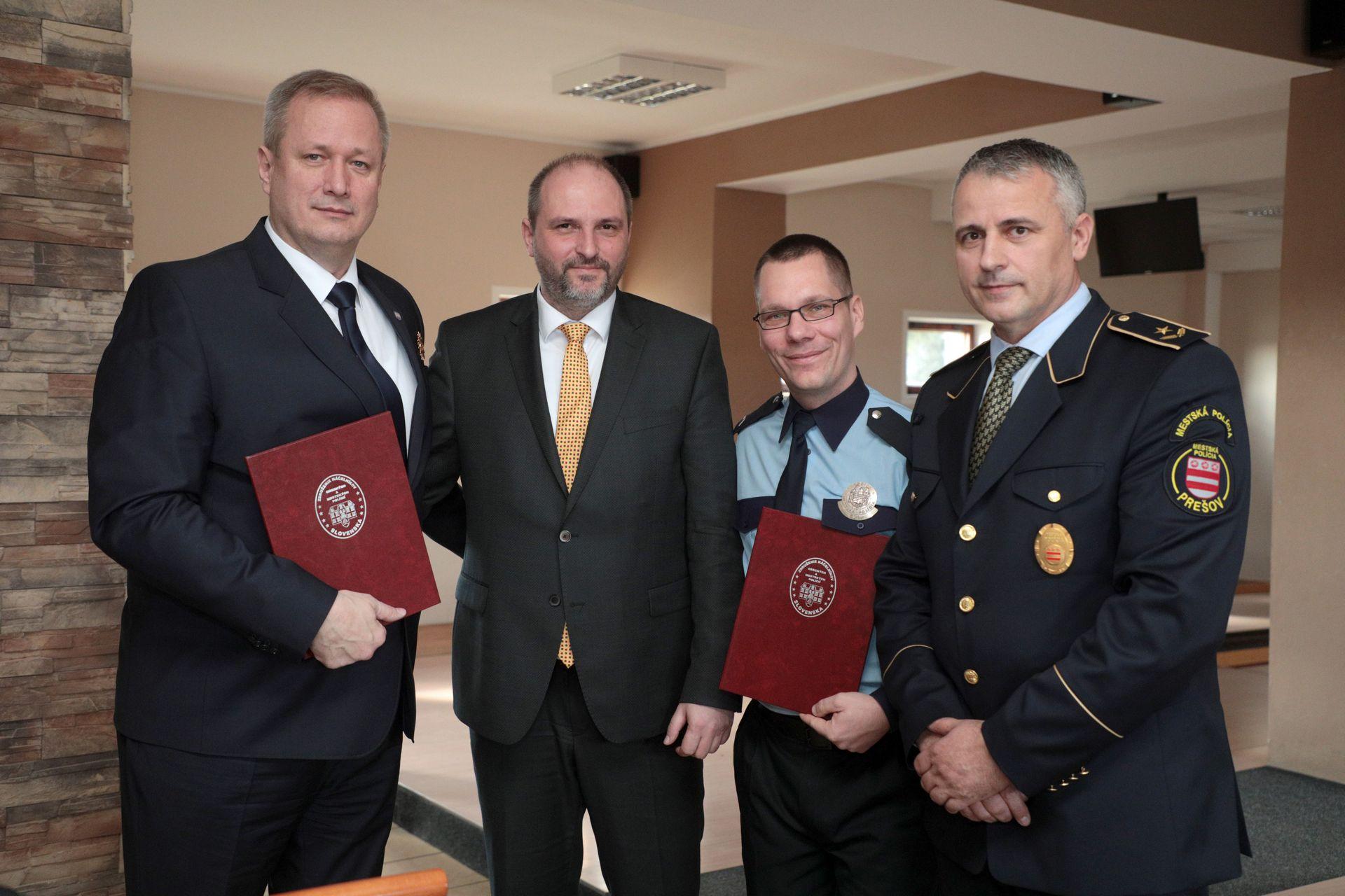 OcenovanieMestskychPolicajtov33